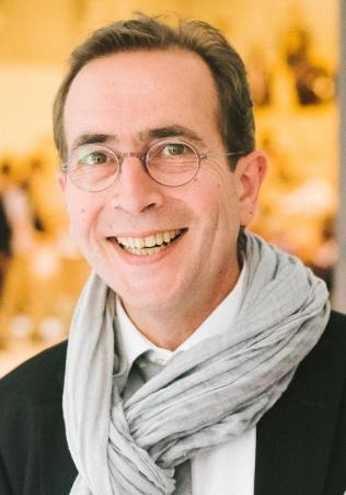 Dr. Vincent Giolito